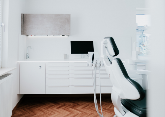 Behandlungsraum bei Kühn und Wüsthoff Zahnheilkunde